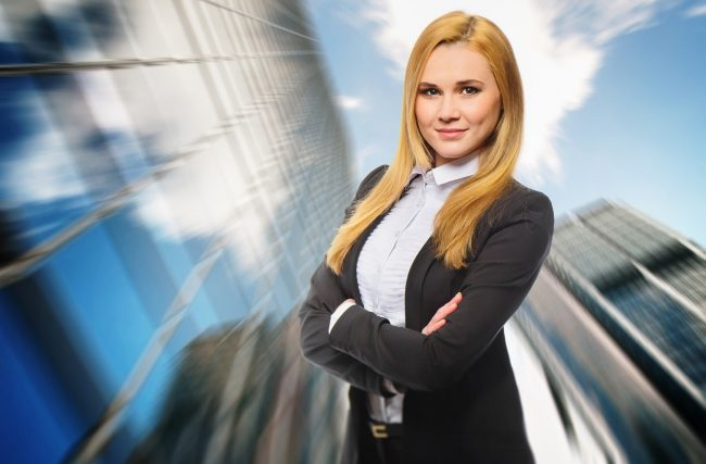 Mulheres Possuem Talento SUPERIOR para Investir Dinheiro – Afirma Pesquisa